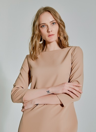 People By Fabrika Kemerli Kayık Yaka Elbise Bej